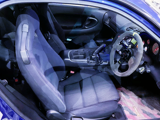 INTERIOR OF FD3S RX-7 TYPE-RS.