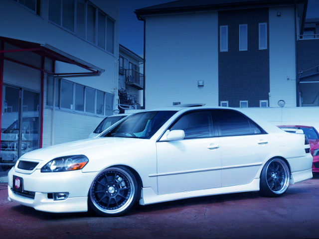 FRONT EXTERIOR OF JZX110 MARK2 iRV GRANDE FORTUNA.