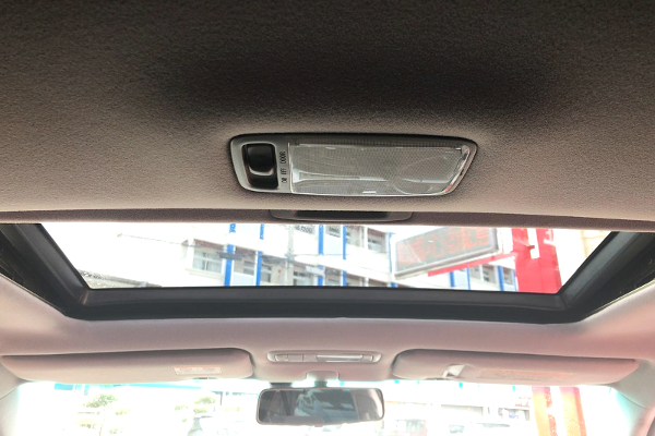 SUNROOF OF JZX110 MARK2