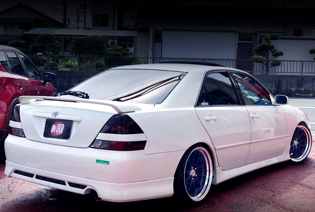 REAR EXTERIOR OF JZX110 MARK2 iRV GRANDE FORTUNA.