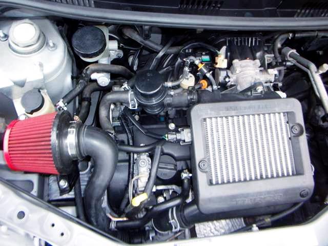INLINE THREE OF EF-DET 660cc TURBO ENGINE.