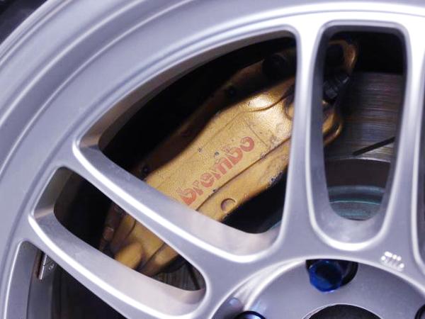 R34 GT-R Brembo CALIPER CONVERSION TO S15 SILVIA.