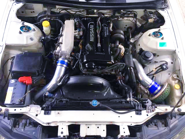 SR20DET 2000cc TURBO ENGINE.