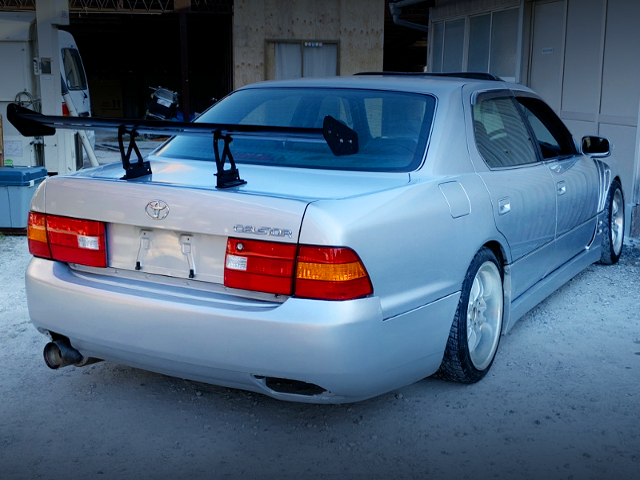 REAR EXTERIOR OF DRIFT CUSTOM TO UCF20 CELSIOR.