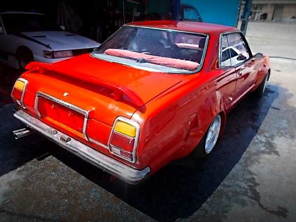 REAR EXTERIOR OF RX30 MARK2 RED.