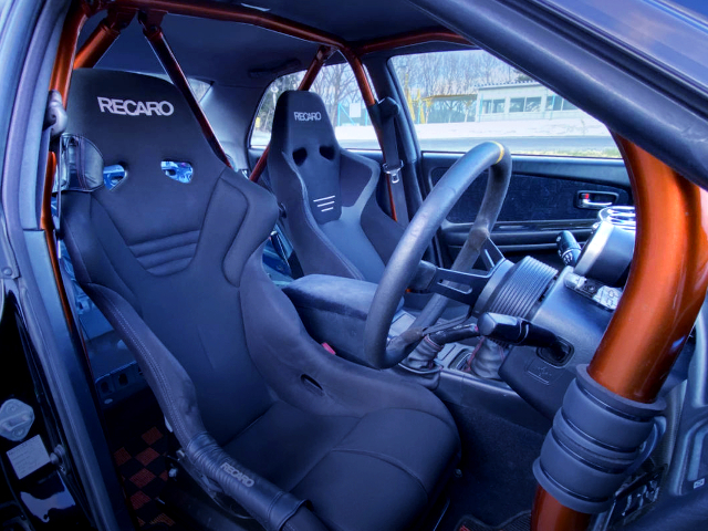 RECARO TWO-SEATER AND ROLL CAGE INSTALLED TO JZX100 CHASER INTERIOR.