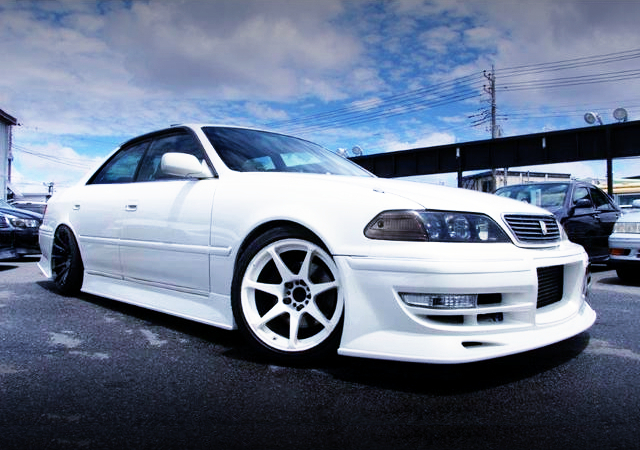 FRONT EXTERIOR OF JZX100 MARK2 TOURER-V WITH KUNNYZ BODY KIT.