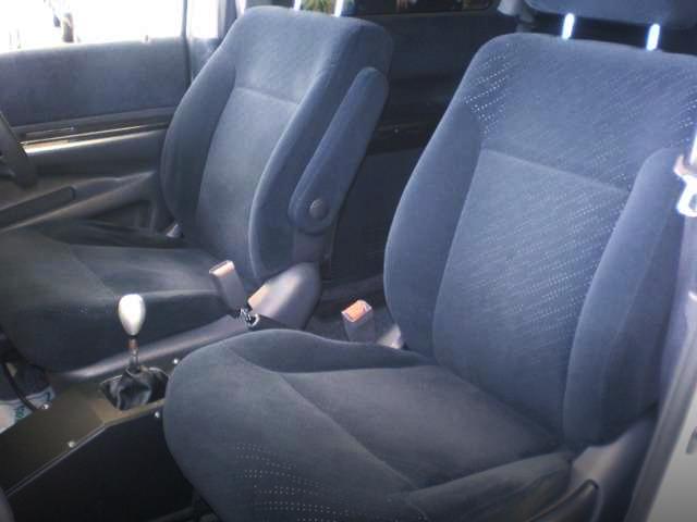 SEATS oF RF7 STEPWGN.