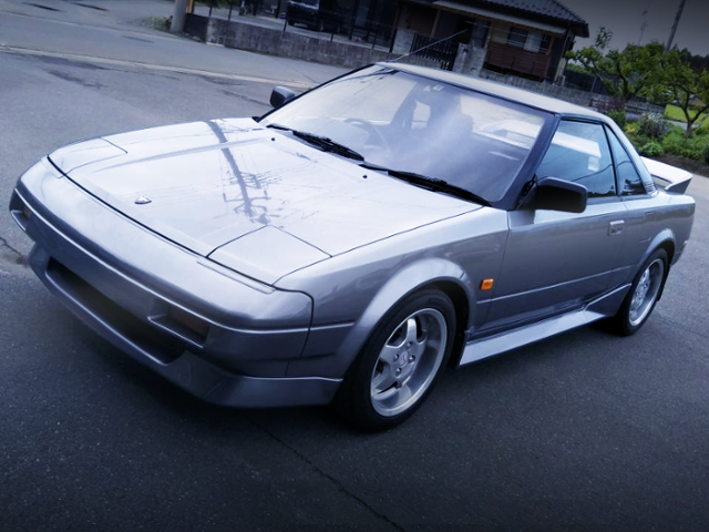 FRONT EXTERIOR OF AW11 MR2 SILVER.