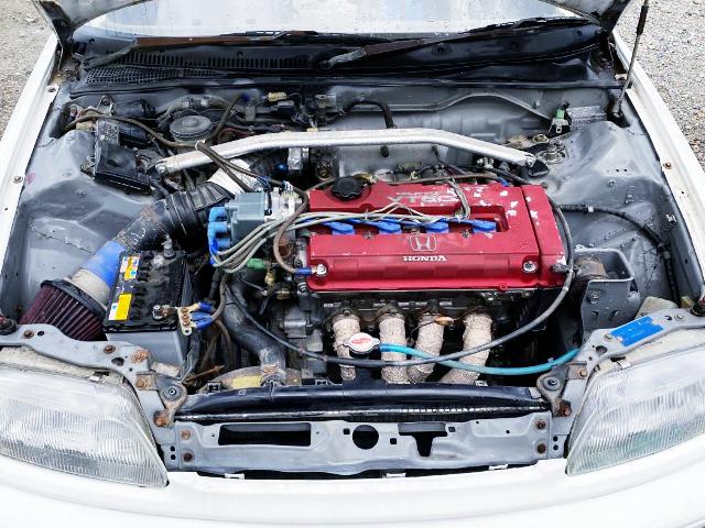 B18C 1800cc VTEC ENGINE SWAP TO EF9 CIVIC ENGINE ROOM.