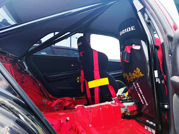 BACKSEAT DELETE OF JZX100 CHASER INTERIOR.