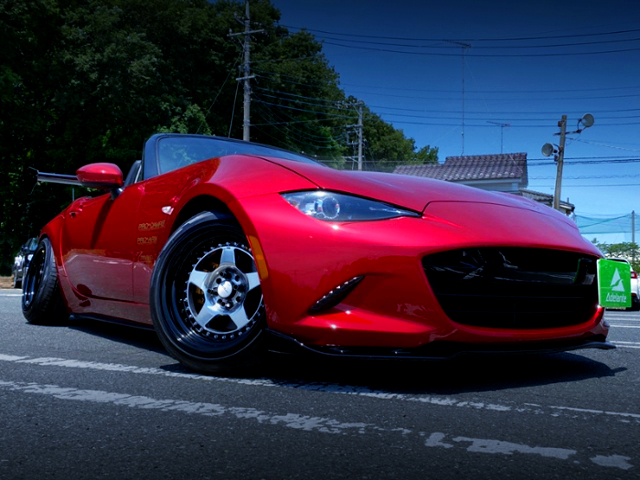 FRONT EXTERIOR OF ND5RC MAZDA ROADSTER S-SPECIAL PACKAGE.