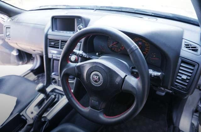 R34 GT-R V-SPEC2 INTERIOR.