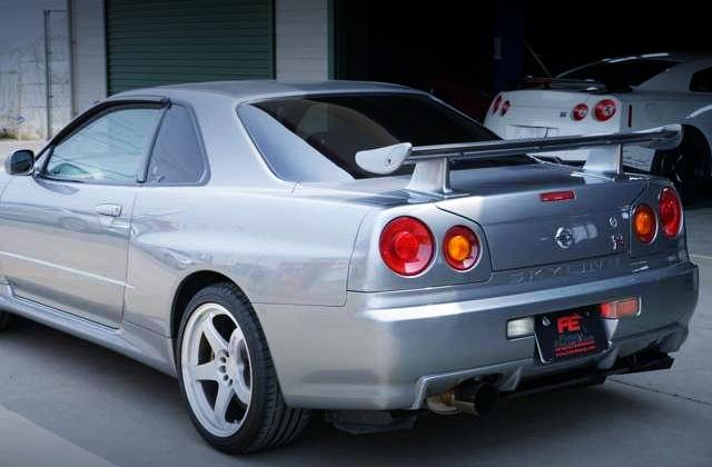 REAR TAIL LIGHT OF R34 GT-R V-SPEC2.