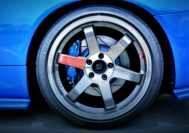 REAR TE37SL WHEEL.