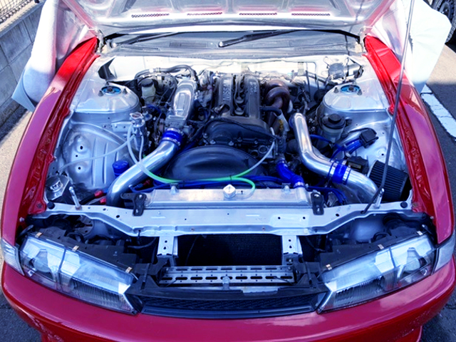BLACK TOP SR20DET TURBO ENGINE OF S14 MOTOR.