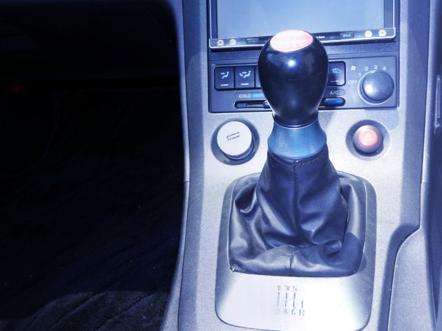 6MT SHIFT KNOB.