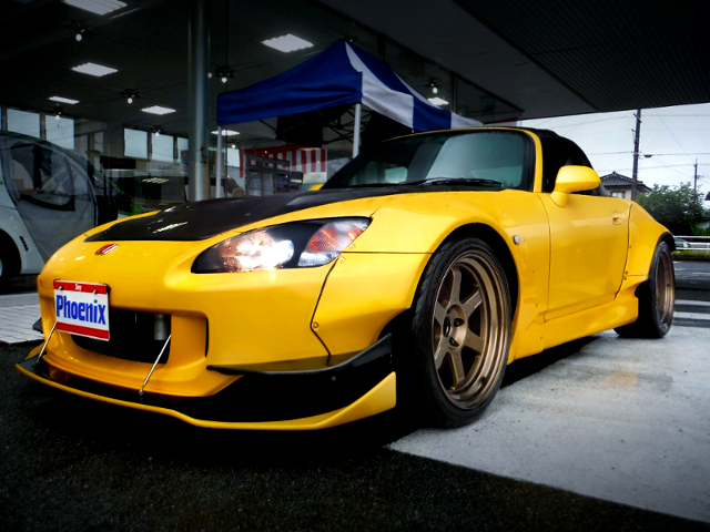 FRONT EXTERIOR OF S2000 M AND M HONDA WIDEBODY.