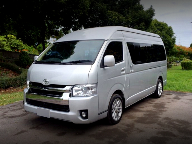 FRONT EXTERIOR OF H200 HIACE COMMUTER.