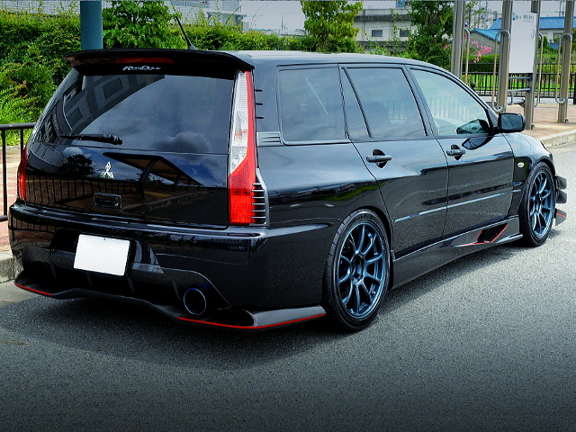 REAR EXTERIOR OF LACER EVOLUTION WAGON GT.