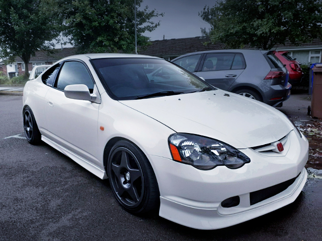FRONT EXTERIOR OF DC5 INTEGRA TYPE-R.