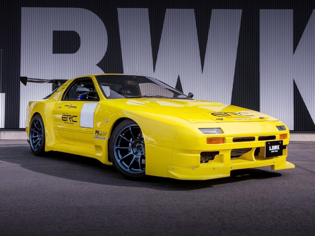 FRONT EXTERIOR OF FC3S RX-7 JSS WIDEBODY TO YELLOW.