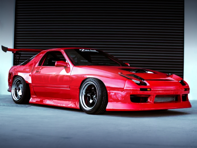 FRONT EXTERIOR OF FC RX-7 WIDEBODY.