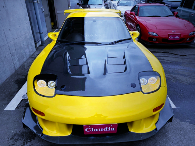 FRONT FACE OF INITIAL-D REPLICA TO FD3S RX-7.