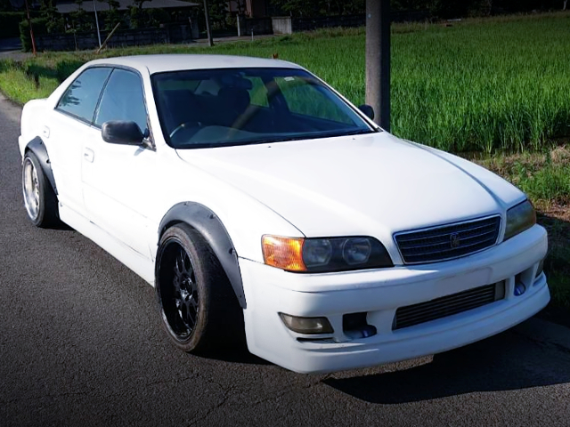 FRONT EXTERIOR OF JZX100 CHASER.