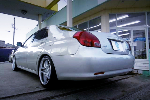 REAR EXTERIOR OF JZX110 VAROSSA SILVER.