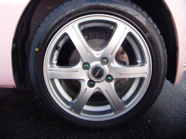 AFTERMARKET ALUM WHEEL 15-inch.