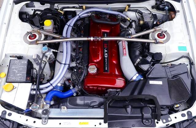RB26DETT TWIN TURBO ENGINE OF R34 GT-R V-SPEC2 MOTOR.