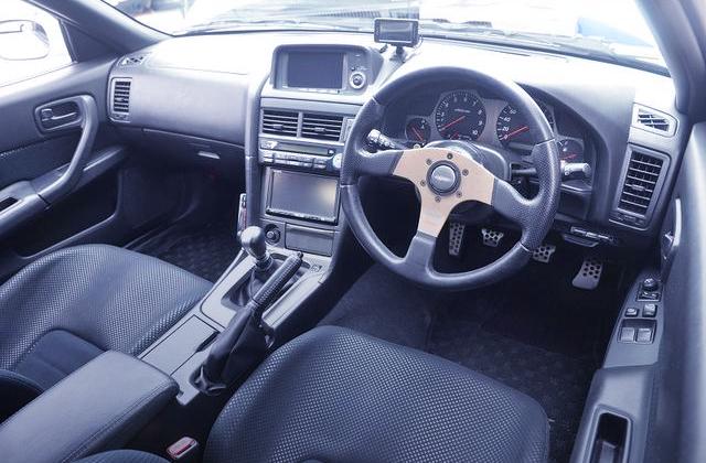 INTERIOR OF R34 GT-R V-SPEC2.