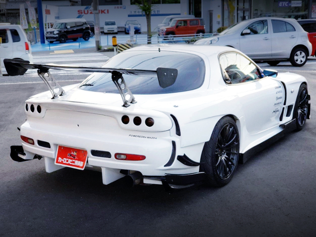 REAR EXTERIOR OF FD3S RX-7 With R-MAGIC WIDEBODY.