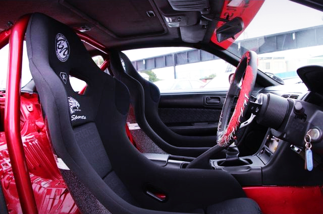 BN-SPORT BUCKET TWO-SEATER AND ROLL BAR.