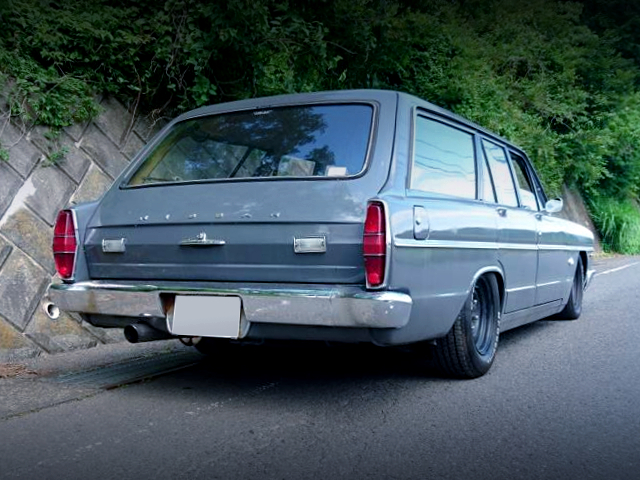 REAR EXTERIOR OF VA30 GLORIA WAGON.