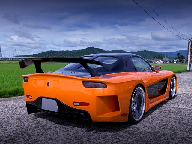 REAR EXTERIOR OF VeilSide FORTUNE RX-7.