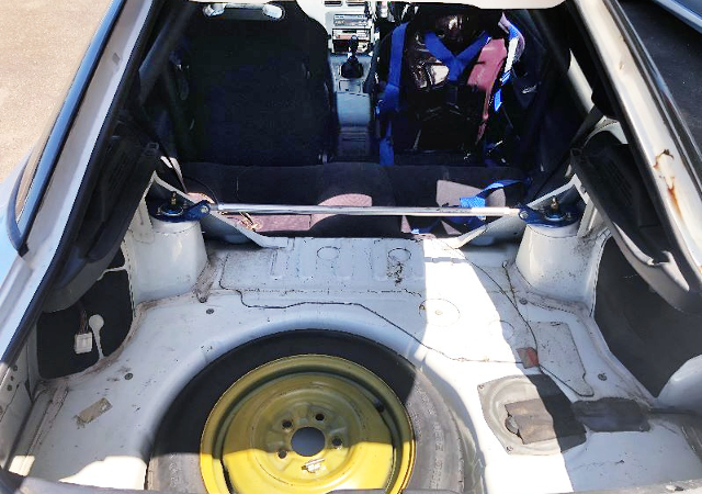 LUGGAGE SPACE OF 180SX.