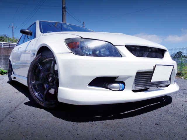 FRONT EXTERIOR OF ALTEZZA RS200 Z-EDITION.
