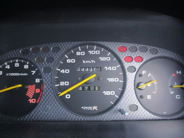 TYPE-R SPEED CLUSTER.
