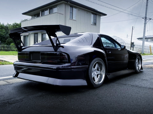 REAR EXTERIOR OF BN-SPORT WIDEBODY FC3S RX-7.