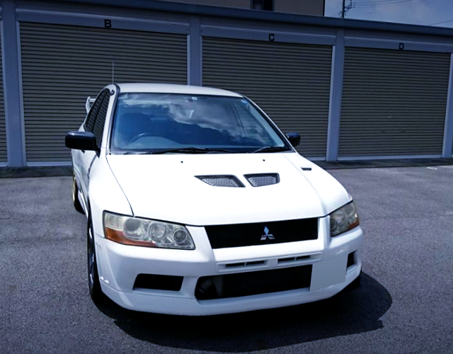 FRONT EXTERIOR OF CT9A EVO7 RS.