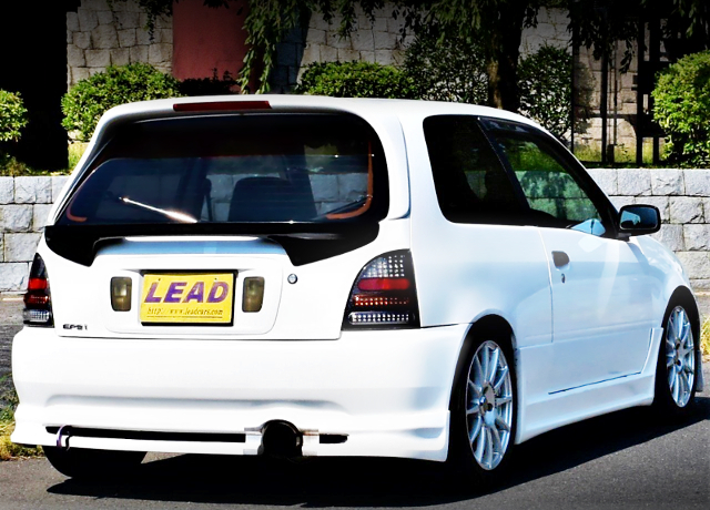 REAR EXTERIOR OF EP91 STARLET GLANZA-V With WHITE COLOR.