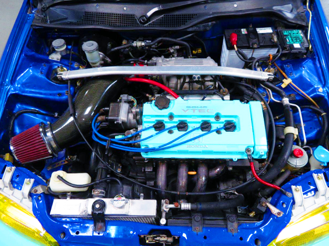 B16A VTEC With EXHAUST MANIFOLD.