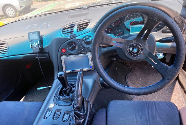 INTERIOR CUSTOM DASHBOARD.