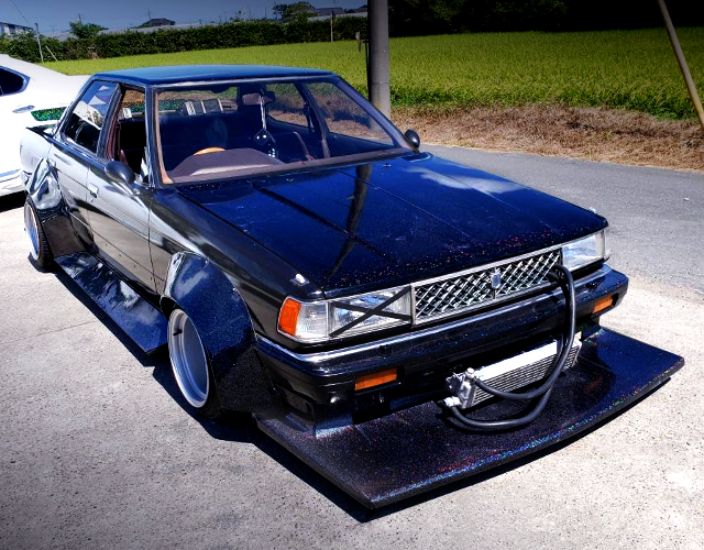FRONT EXTERIOR OF GX71 CHASER TO KAIDO RACER.