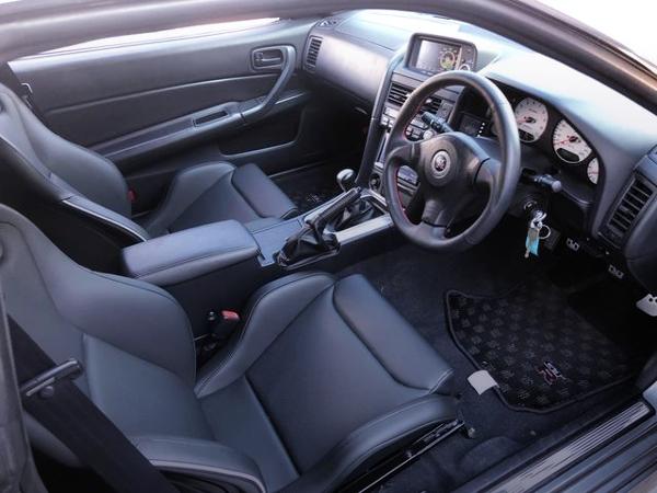 INTERIOR OF R34 GT-R M-SPEC.