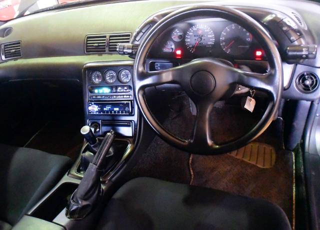 R32 GT-R DASHBOARD.