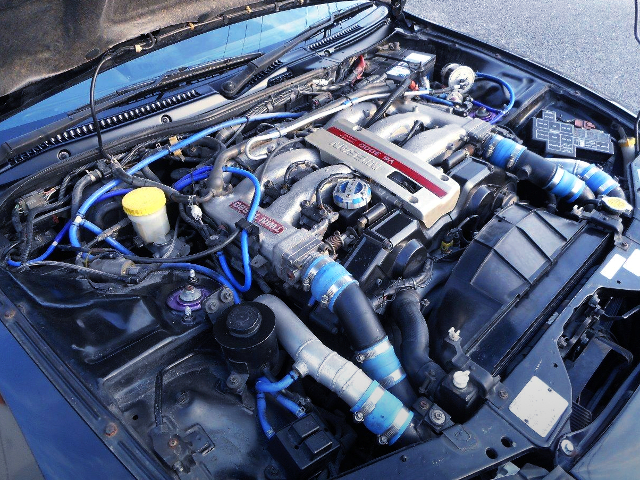 VG30DETT 3.0L V6 TWINTURBO ENGINE.
