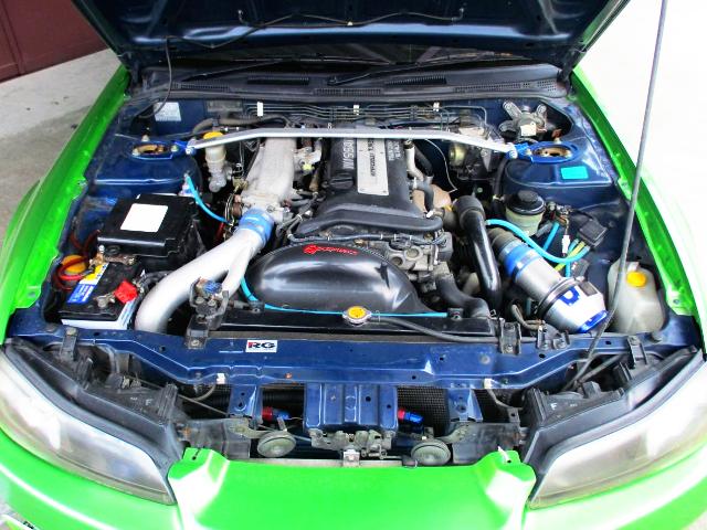 SR20DET TURBO ENGINE OF S15 MOTOR.